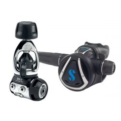ScubaPro MK11/C370 Regulator System, Yoke