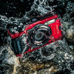 Olympus Tough TG-6 12 MP Waterproof Camera